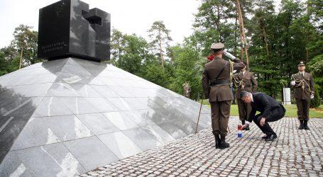 Predsjednik Milanović odao počast poratnim žrtvama Drugog svjetskog rata u Sloveniji