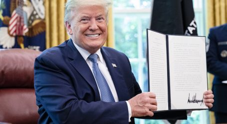 Trump razmatra reaktivirati financiranje WHO-a
