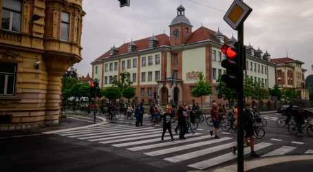 Slovenija bez nove zaraze, opet otvorene škole i vrtići