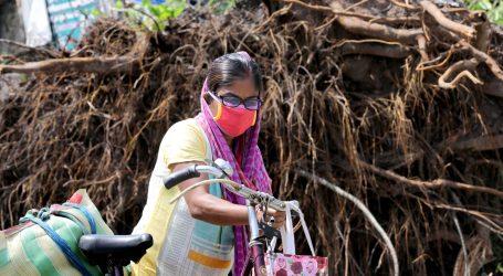 Amphan uništio desetke tisuća domova u Indiji i Bangladešu