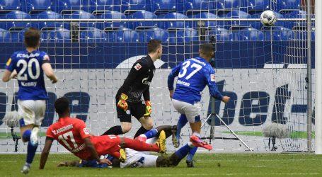 BUNDESLIGA: Ausburgu pobjeda protiv Schalkea, Jedvaju 90 minuta