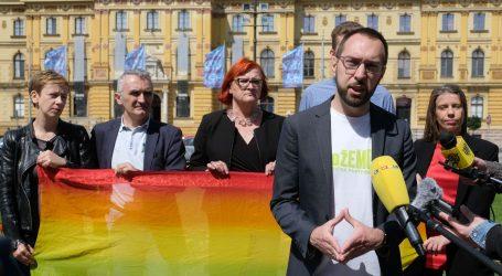 """TOMAŠEVIĆ: """"Bandić postavljanjem zastava Hoda za život traži nove političke zaštitnike"""""""
