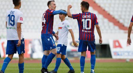 Nogometaši Hajduka odigrali međusobnu trening utakmicu