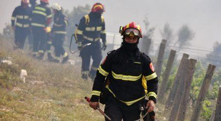 Piroman zapalio požar kod Šibenika?