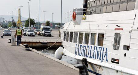 Ukinuta ograničenja za javni prijevoz brodskih linija u pomorskom prometu
