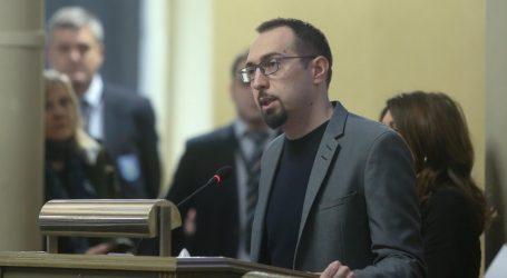 TOMAŠEVIĆ 'Zagreb je u ruševinama, a premijer ispred obnove stavlja interese HDZ-a'