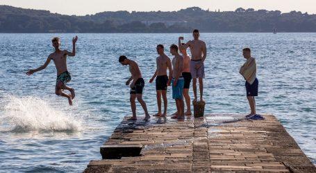 """""""Prema rezervacijama, turizam bi mogao biti blizu najavljivanih 30 posto"""""""