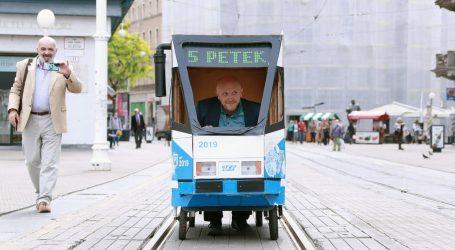 FOTO: Pogledajte kako je Renato Petek otvorio tramvajski promet na glavnom zagrebačkom trgu