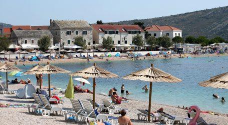 Plan Komisije: Postupnim otvaranjem granica mogla bi se spasiti turistička sezona