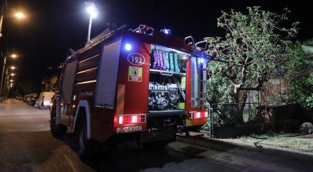 Izgorio krov i dio popularnog zagrebačkog restorana, vatrogasci još dežuraju na mjestu požara