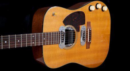 Akustična gitara Kurta Cobaina ide na dražbu, mogla bi biti prodana za više od milijun dolara