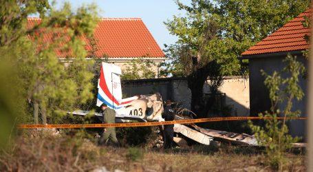 """FOTO: NOVA TRAGEDIJA: U padu vojnog zrakoplova poginule dvije osobe; """"Avion se okretao u zraku, izvodio akrobacije"""""""