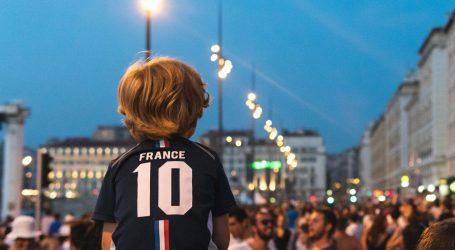 SRAMOTNI PLAN IZBORNIKA BLANCA: Francuzi provode rasno čišćenje nogometa