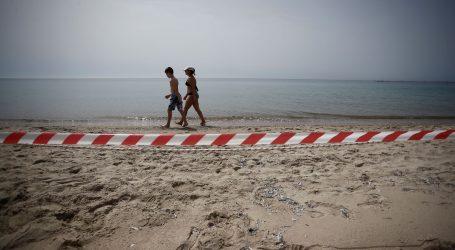 Grci pohrlili na plaže uz stroga pravila ponašanja