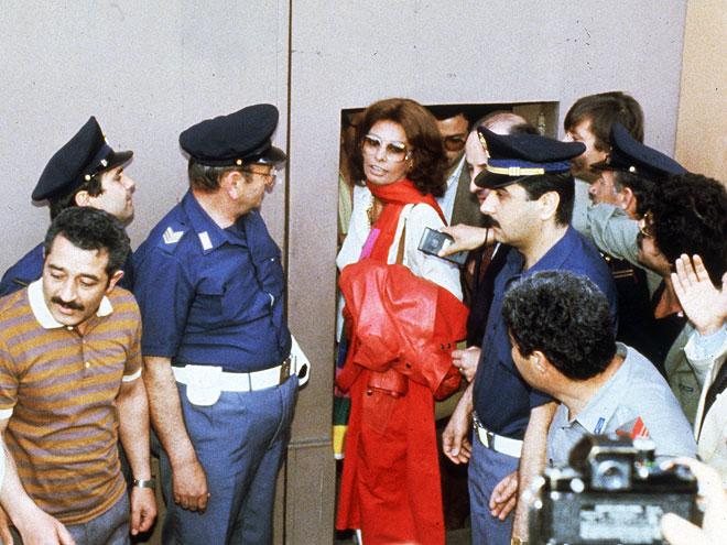 TEK 2013. OSLOBOĐENA SVIH OPTUŽBI: Kako je 1982. godine Sophia Loren završila u zatvoru
