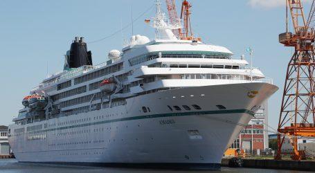 UN: Oko 200 tisuća pomoraca zatočeno na brodovima zbog pandemije