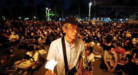 Policija papar sprejem želi otjerati okupljene u Hong Kongu povodom Tiananmena