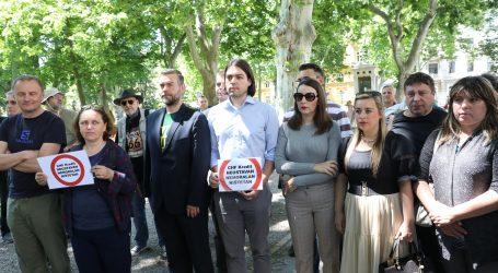 Živi zid podržao prosvjed 'Pravda za švicarski franak'