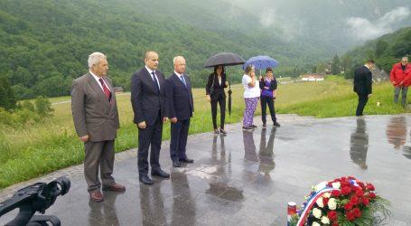 Izaslanik predsjednika Milanovića odao počast poginulima na Sutjesci 1943.