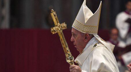 Papa poziva na mir u Libiji