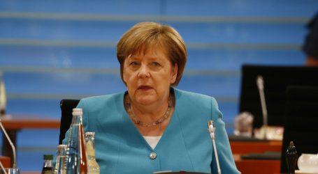 """MERKEL: """"Svladavanje posljedica krize prioritet njemačkog predsjedanja EU-om"""""""