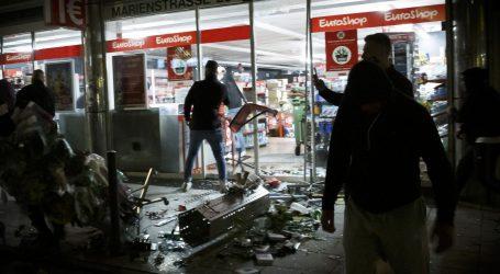 POLICIJA: 'Izgredi u Stuttgartu bez političke pozadine'