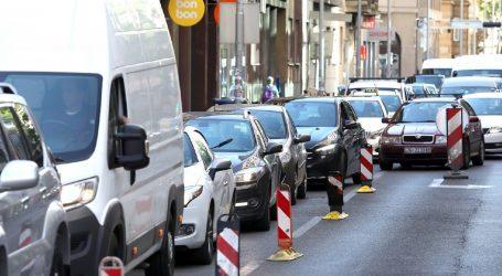 HAK: Kolnici mokri i skliski, pojačan promet na gradskim cestama