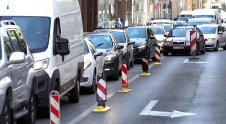 HAK: Zbog radova na pojedinim cestama usporeno, pojačan promet u gradovima