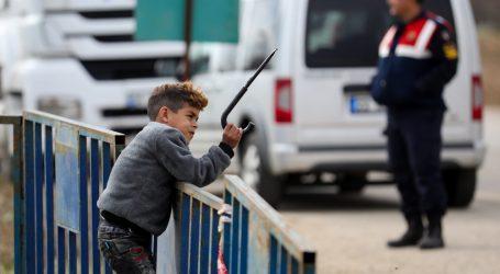 Grčka za dva tjedna produljila mjere karantene u migrantskim kampovima