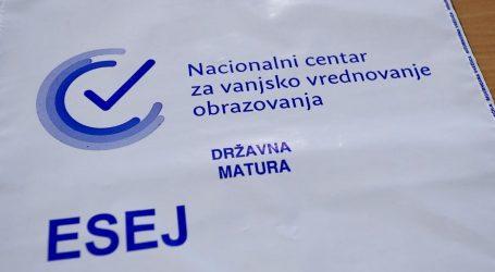 Maturanti prepisivali esej iz hrvatskog jezika, svi su učenici iste škole