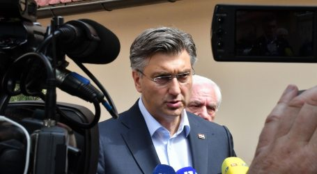 Plenković na Twitteru objavio da se ukidaju restrikcije za putovanja između Hrvatske i Austrije