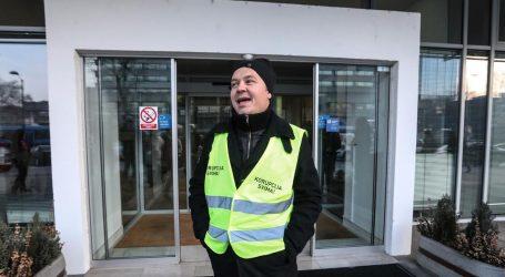 Juričan obilježio pet mjeseci od 'desanta' poklonom Holdingu