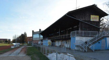 Bjelovarski stadion s drvenim tribinama uskoro odlazi u prošlost