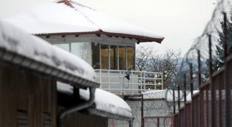 DOSSIER: HRVATSKI ZATVORI: 'Cinkaroša su zatvorenici silovali drškom od metle'