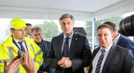 Plenković: Nema potrebe za žurnim donošenjem Zakona o obnovi
