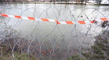 STANJE PRIPRAVNOSTI: Slovenija zbog migranata rasporedila tisuću policajaca na granici s Hrvatskom