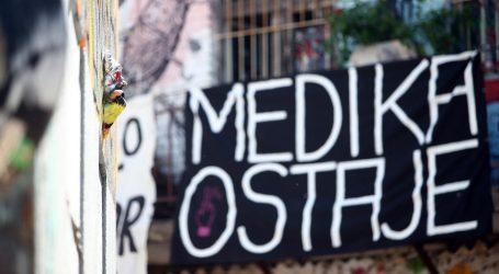 U SJENI PRODAJE PLIVE: Tajni dioničari u ratu za Mediku