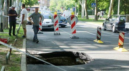 Cesta na Bukovačkoj u Maksimiru propala u zemlju