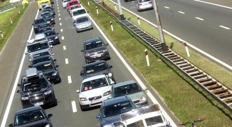 HAK: Kolnici mokri i skliski, na zagrebačkoj obilaznici kolona oko 3 kilometra