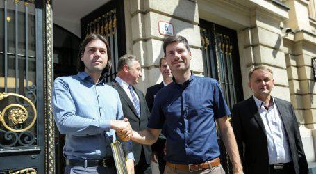 Platforma 'Dosta pljačke' predala DIP-u izborne liste: Pernar i Sinčić opet zajedno