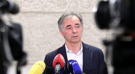 """PUPOVAC: """"Neki su svoju političku kampanju počeli zasnivati na porukama netolerancije prema Srbima"""""""