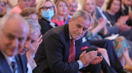 """Bandić na pretragama u KBC Zagreb: """"Imao sam simptome kao kad sam prije 17 godina imao moždani udar"""""""