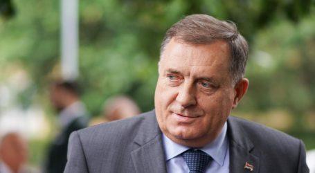 Dodik očekuje da Srbija automatski odobri državljanstvo građanima RS-a