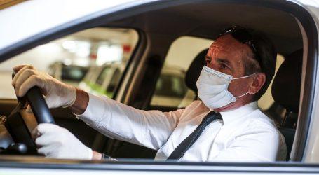 Grad Zagreb dijeli zaštitne maske taksistima