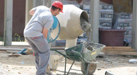 DZS: U travnju izdano 16,7 posto manje građevinskih dozvola nego lani
