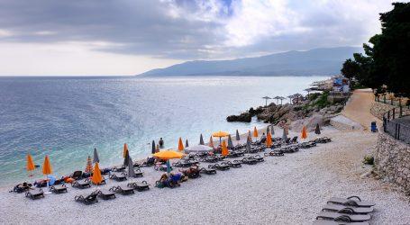 Od početka lipnja više od 532 tisuće turista i 2,6 milijuna noćenja