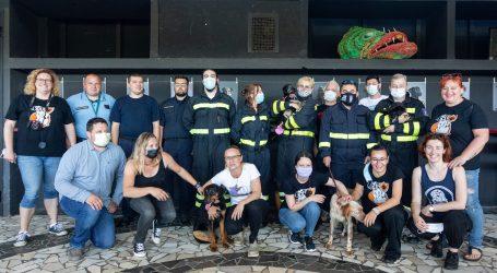 """FOTO: Otvorena izložba """"Heroji ulice"""", pogledajte tko su glavni akteri"""