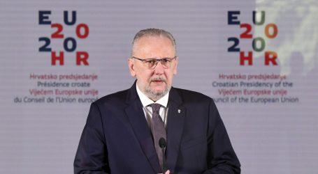 """Božinović o srednjem prstu bivše predsjednice: """"Mislim da se radi o nekom pokretu, nije ona jedina"""""""
