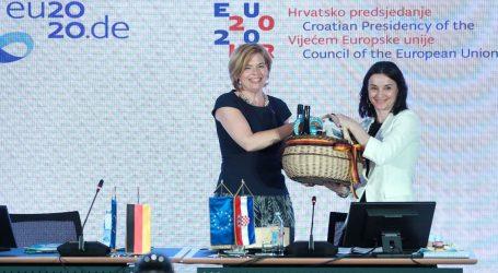 Vučković i Kloeckner o izazovima poljoprivrede