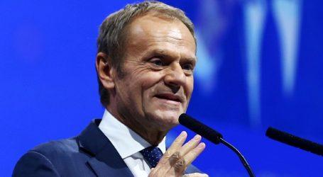 Tusk: Dijalog Kosova i Beograda nastaviti novom energijom